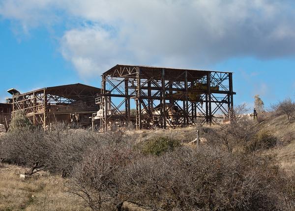 Заброшенные промышленные зоны хотят застроить